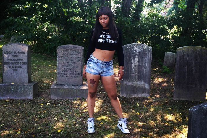 Going Buck: Interview With New Jersey Female Rapper Hayze L