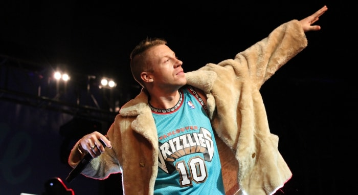 macklemore-min-top-independent-rappers-right-now-2015