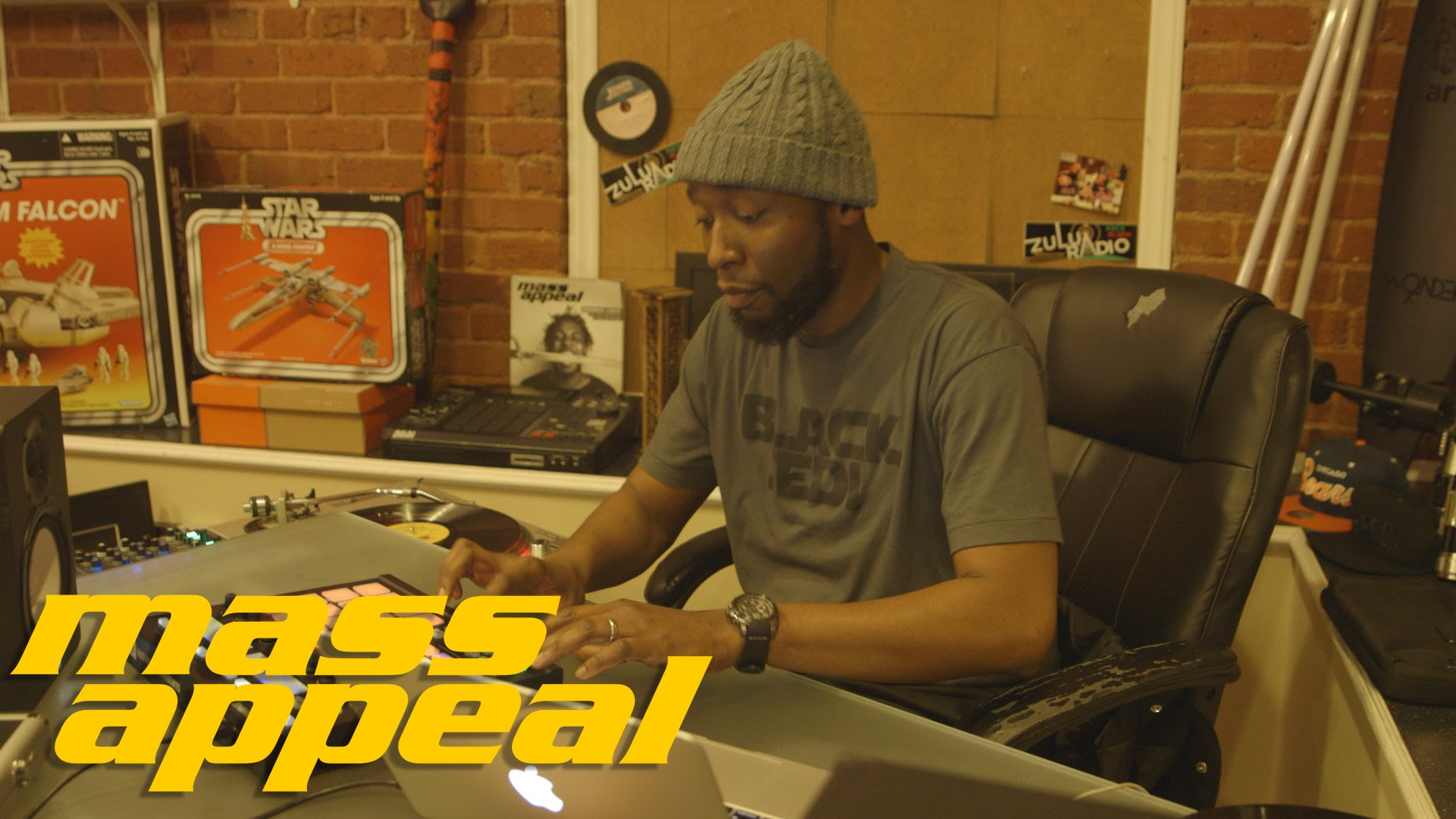Video: Mass Appeal's Rhythm Roulette With 9th Wonder